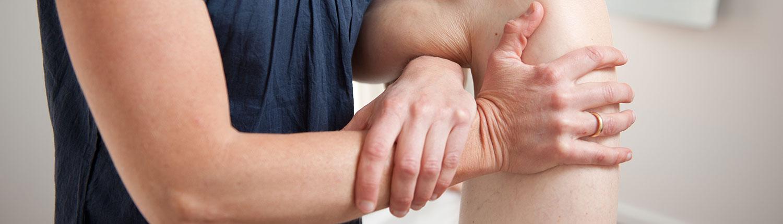 Lisbeth bruger osteopati imod knæ problemer i osteopatiklinikken