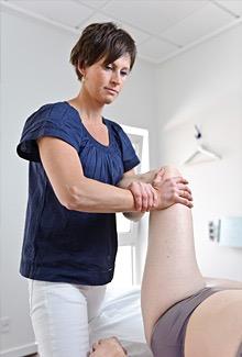 Lisbeth Hove Vestergaard bruger osteopati imod knæ smerter i osteopatiklinikken